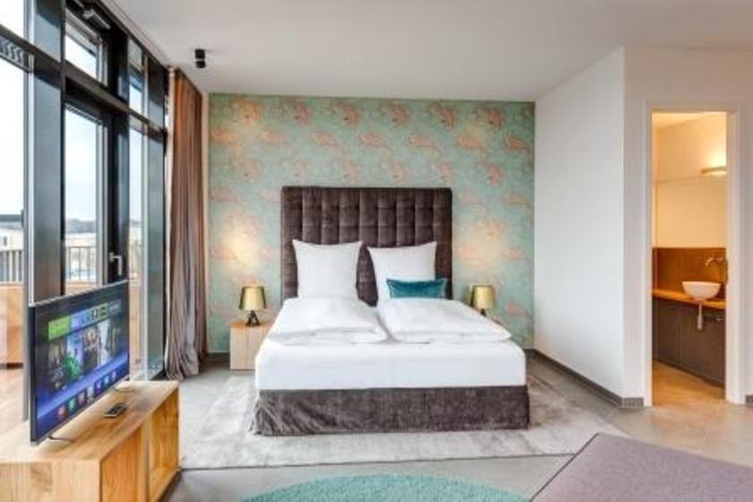 Junior Suite - Penthouse Suite