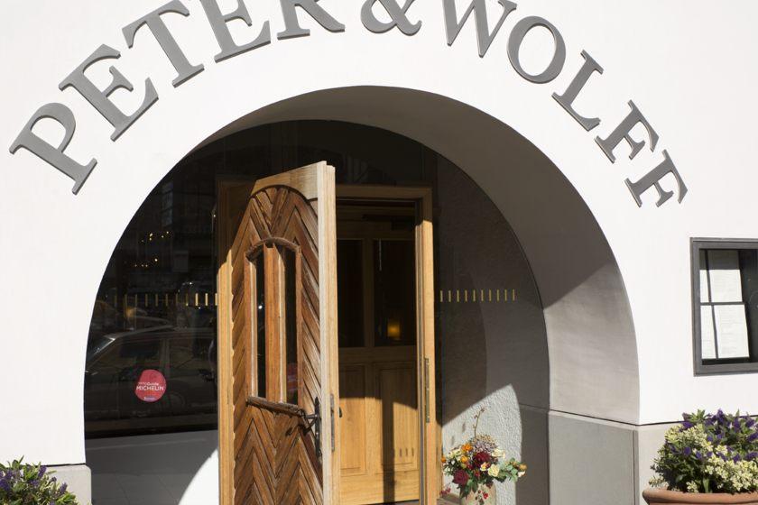 Restaurant Peter & Wolff Exterior View