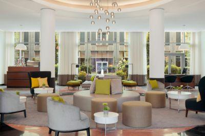 Le Méridien Munich lobby area