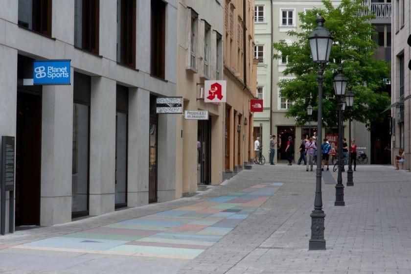 Dultstraße Entrance Pension