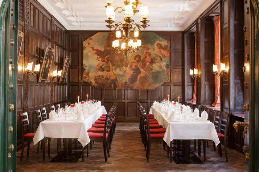 Rembrandt Room - seperate room in the restaurant