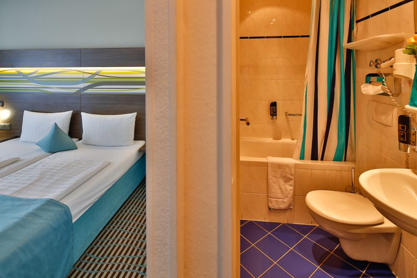 Doppelzimmer  Double room