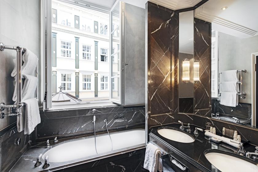 Double Room Deluxe - Bathroom (Graf Pilati)