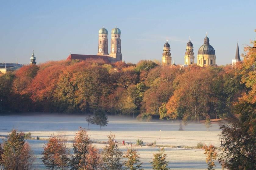 Englischer Garten Frauenkirche Winter 1116