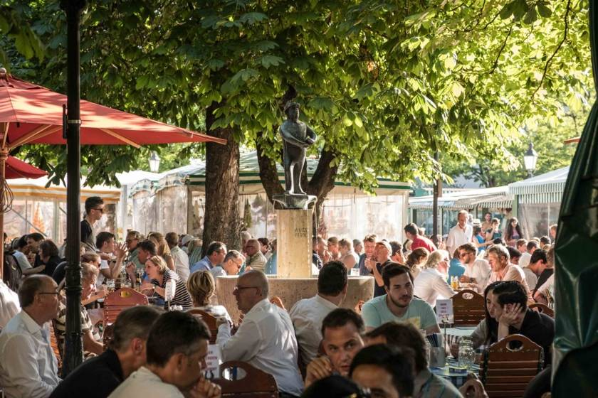 Biergarten auf dem Viktualienmarkt DSF2702