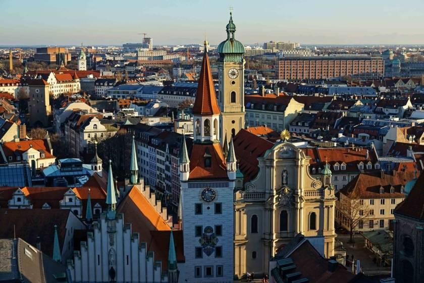Altes Rathaus Blick nach Osten 627583058