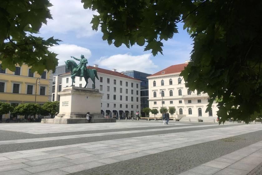 Wittelsbacherplatz EH554433
