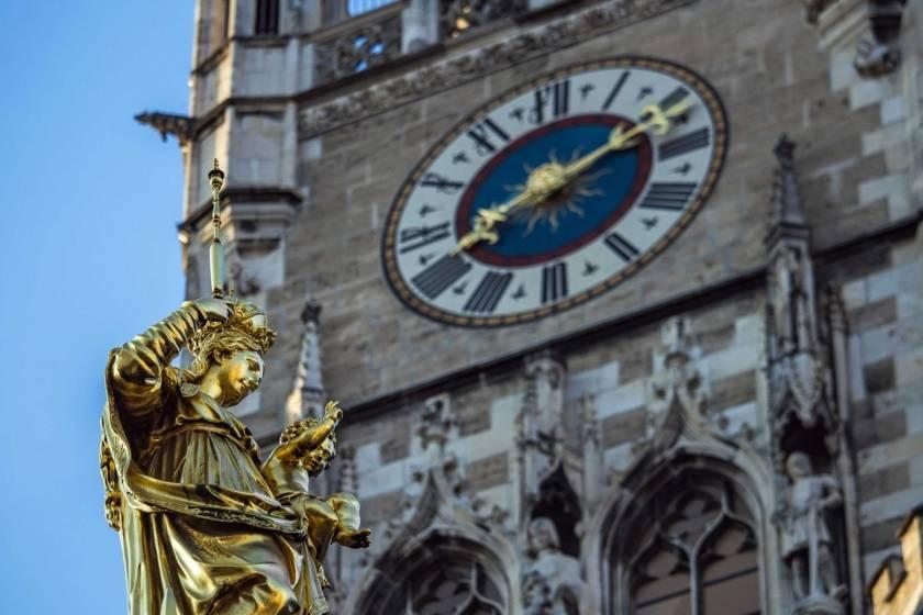 Mariensäule Turm Neues Rathaus 2040s