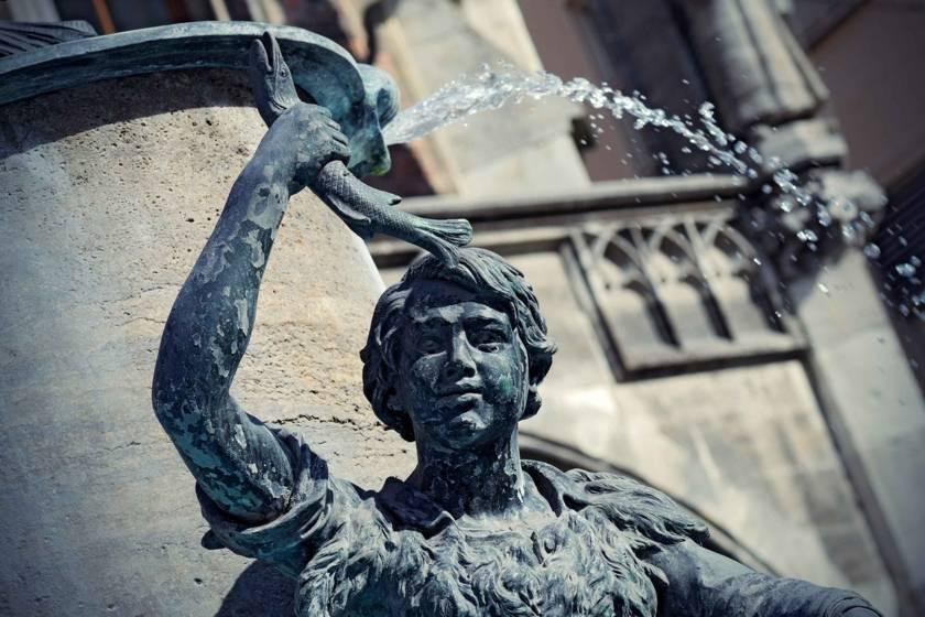 Fischbrunnen Marienplatz 112788577