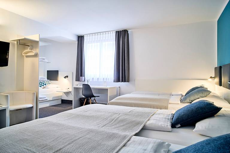 Five bedded room