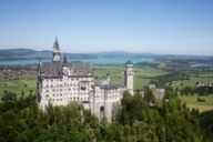 The view of the fairytale-like Schloss Neuschwanstein enchants every time.