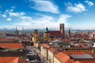 Mountaineering, freeriding, hiking or skiing: the surrounding area of Munich offers numerous opportunities for outdoor lovers.