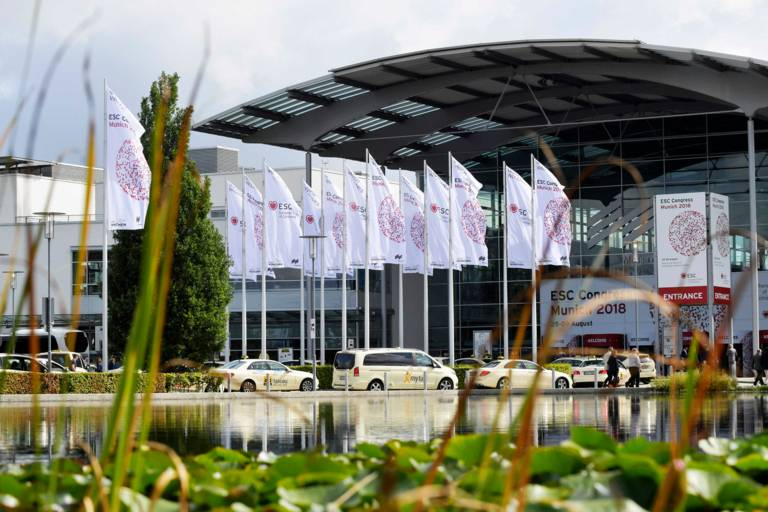 ESC Congress 2018 flags in front of Messe München