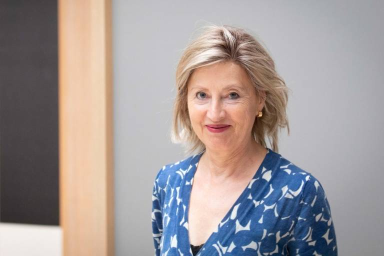 Portrait of curator Dr. Annegret Hoberg at Lenbachhaus Munich.