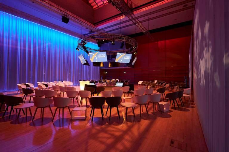 Hall of the IAPCO Edge Semianar 2020 in Munich.