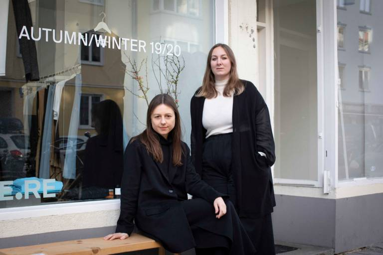 The two designers Katharina Weber and Theresa Reiter from the label WE.RE in Munich.