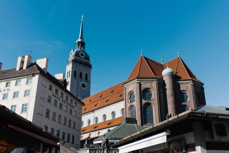 Old Peter in the old town around the Viktualienmarkt in Munich